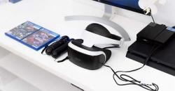 Giới thiệu kính thực tế ảo dành cho máy PS4, phải nói trên cả tuyệt vời, đang chơi game mà cứ tưởng
